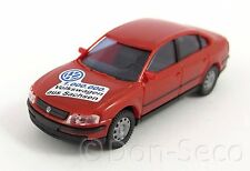 """AWM Sondermodell 1999 VW Passat """"1.000.000 Volkswagen aus Sachsen"""" OVP 1:87"""