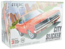 MPC / Premium Hobbies 1969 Dodge Charger 1:25 Snap Plastic Model Car Kit CP7690