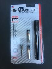 Mini Maglite LED Flashlight with Batteries in Pkg