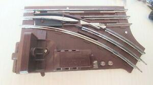 Lionel Train Remote Control Switch Right Hand 6-5121 027 in the original box.