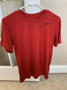 Mens Nike Drifit In Size Small