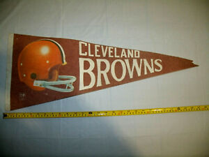 Cleveland Browns Vintage 1970s 3D style Helmet Logo Two Bar Full Size Pennant