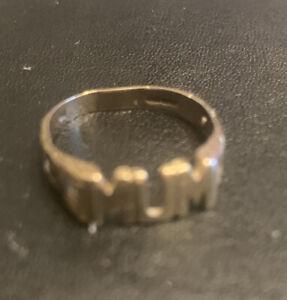 9ct Gold Mum ring Hallmarked 375 Used