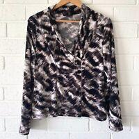 Kamiko Petites Top Size 14 Long Sleeve V-Neck Animal Print Blouse