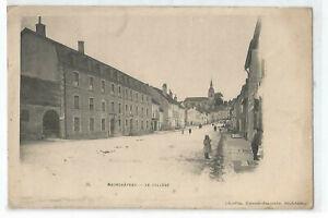 88 Neufchâteau, The College