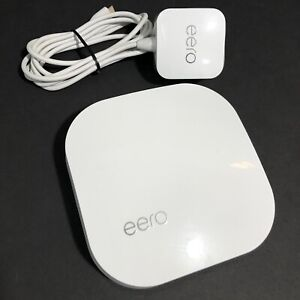 eero Pro 2nd Generation AC Tri-Band Mesh Router - White B010001, WORKS GREAT!
