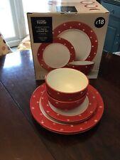 Red Spot 20 Piece Dinner Set New