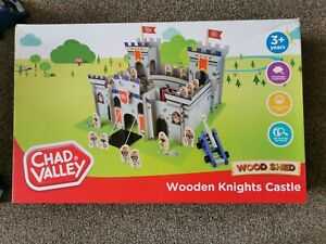 Childrens Chad Valley  Wooden Knights Castle Play Set Brand New