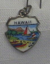 Vintage REU Sterling/Enamel Hawaii Beach/Red Sails Bracelet/Travel Charm NOS
