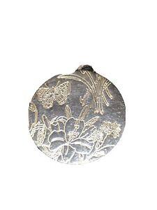 gucci  Rare Silver flora Pendant