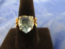 VINTAGE 14K YELLOW GOLD BLUE TOPAZ RING      SIZE 7.75      (MARKED ON THE BAND)