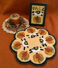 PATTERN~* AuTuMn ShEeP*~Penny Rug/Candle Mat ~*Pumpkins & Sheep PATTERN*~