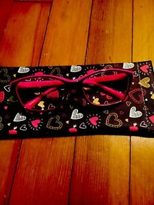PINK Black faced +2.50  Betsey Johnson READING GLASSES +2.50 w/case NEW!❤️