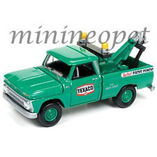 JOHNNY LIGHTNING JLCP7014 1965 CHEVY TOW TRUCK TEXACO 1/64 DIECAST GREEN