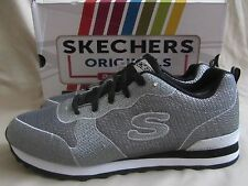 Skechers Shimmer Time Sneakers Womens 9 Silver Black Gel Memory Foam NWT