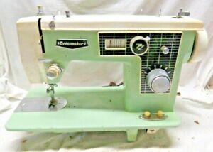 Dressmaker Sewing Machine Vintage 1970s Case FAST SHIPPING!