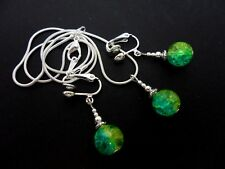 A GREEN/BLUE/YELLOW CRACKLE GLASS BEAD NECKLACE AND CLIP ON EARRINGS SET. NEW.