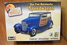 REVELL DAN FINK METALWORKS SPEEDWAGON MODEL KIT 1/25 SCALE