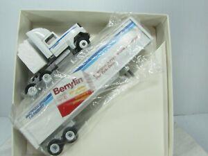WINROSS SEMI TRUCK & TRAILER  Warner Lambert Benylin Efferdent  WHITE CAB  NOS