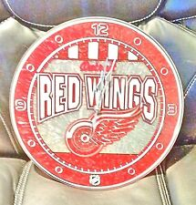 Detroit Red Wings ART GLASS CLOCK with Logo - NHL