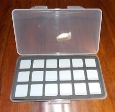 "Magnetic Fly Fishing Slim fly box 18 Compartment 7 1/4""by 4"" x 1/2"" New"