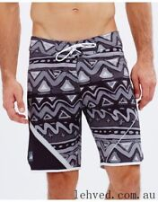 BNWT QUIKSILVER MENS AG47 NUWAVE PERFORMANCE STRETCH BOARDSHORTS (38) RRP $80