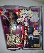 BRATZ THE MOVIE SASHA , moveable joints, real working camera  with 12 exposures