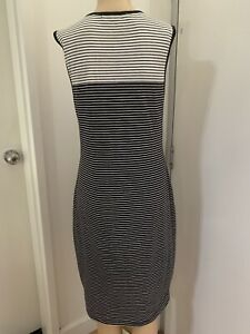 FRENCH CONNECTION Pre-loved B&W Stripes Knee Length Shift Summer Dress Size 12