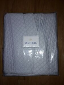 "MATOUK King Bed Skirt Panels 18"" Drop Style #M087 Nadia Pool 500TC Percale"