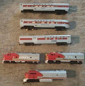 HO Scale Train Set Vintage Santa Fe