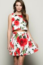 Sleeveless crop Top and Floral Print  Pleated Skirt