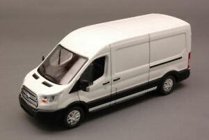 Ford Transit 2015 White 1:43 Model GREEN LIGHT