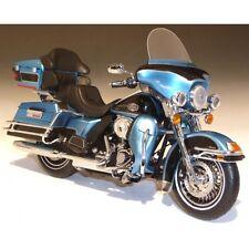 Harley Davidson FLHTCU Ultra Classic Electra (2011) ERTL 1:12