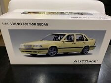 1:18 AUTOART 79501 VOLVO 850 T-5R SEDAN 1995 CREAM YELLOW