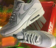 NIKE AIR MAX 90 essentials size 13 men white/grey,medium