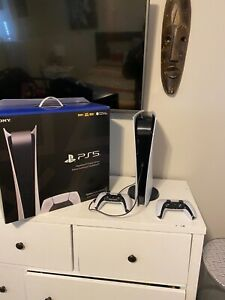 Ps5 Used very little W-2 Controllers(NO RESERVE)