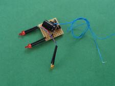 TRAIN.HO.WAGON TRAVAUX.PLATINE FEUX FIN DE CONVOI 2mm+ 1 LEDS CLIGNOTANTE ORANGE