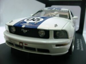 WOW EXTREMELY RARE Ford Mustang FR500C #05 Grand-Am 2005 Champion 1:18 AutoArt