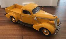 Danbury Mint 1937 Studebaker Pickup Yellow Limited Edition 1:24 Orig. Box MINT!