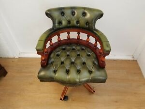 GREEN LEATHER CHESTERFIELD CAPTAINS CHAIR / VINTAGE SWIVEL OFFICE CHAIR Delivery