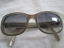 Vanni gris cadre lunettes de soleil. vs 1884.