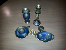 Antiguas piezas de latón decoradas candelero,florero para una sola flor,huevo,