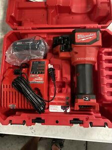 milwaukee threaded rod cutter Kit 2872-81 New W /case . M18 Battery + Charger