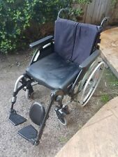 Wheelchairs with Quick-Release Axes