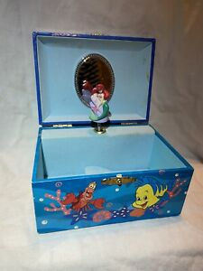 """Disney The Little Mermaid Music Box - """"Part Of Your World"""" - Works!"""