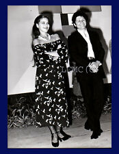 FOTOGRAFIA PHOTO 1979 ORNELLA MUTI E TONY MUSANTE AGLI INCONTRI DEL CINEMA