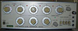 Anritsu  MG442A Synthesized Level Generator
