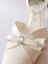 Brautschuhe creme ivory Hochzeitsschuhe Braut Modell neu Hochzeit Absatz satin