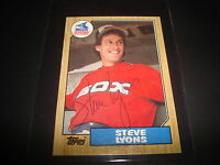 1987 TOPPS # 511 STEVE LYONS WHITE SOX Red Sox SIGNED AUTOGRAPH CARD