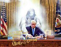 PRESIDENT DONALD TRUMP AUTOGRAPH PRAYING WITH JESUS CHRIST 8X10 PHOTO POSTER